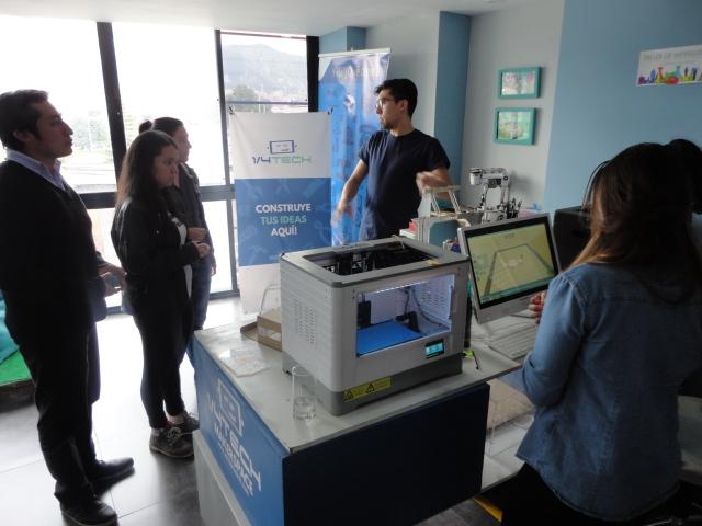 Visita a 1/4 Tech Colombia, un espacio para makers en Bogotá