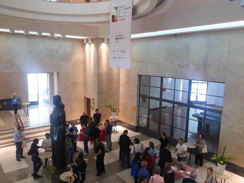 Almoço na Biblioteca Mário de Andrade, convite do DWIH-SP